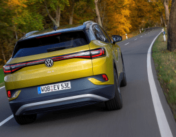 Video test: VW Golf 1.5 eTSI