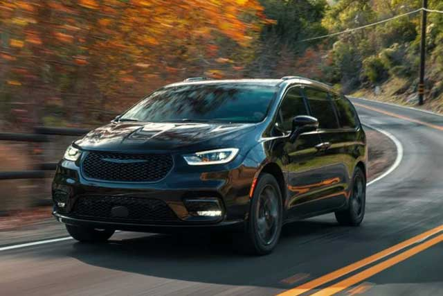10 Worst Cars to Buy: 1. Chrysler Pacifica