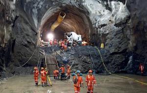 Perfuracao de tunel nas obras da Hidreletrica-de Chaglla, no Peru - Imagem - Divulgacao Odebrecht_600x380