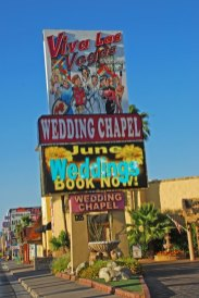 Carteles de capillas para bodas