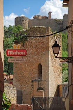 CifuentCifuentes - Murallas y Castilloes - Murallas