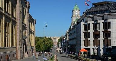Avenida de Karl Johans Gate y Palacio Real