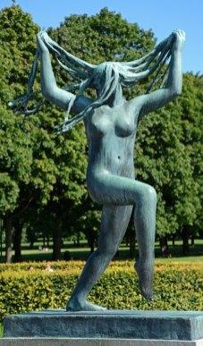 Parque Vigeland. Mujer con Melenas