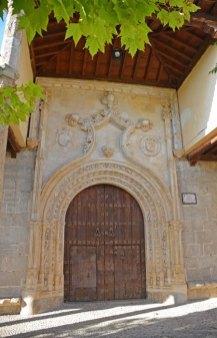 Almonacid - Portada de Santo Domingo de Silos