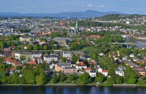Río Nidelva, Casco Antiguo y Fiordo de Trondheim