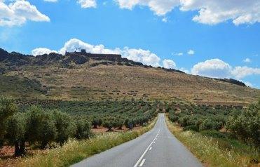 Castillo de Peñas Negras - Ladera occidental