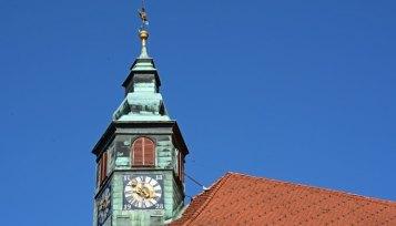 Liubliana. Ayuntamiento. Torre del Reloj