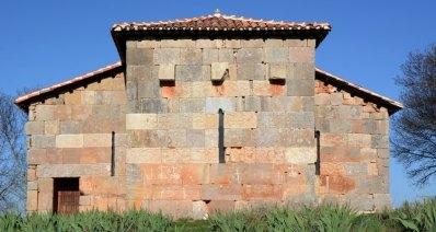 Ábside de la Ermita de Santa María. Quintanilla de las Viñas