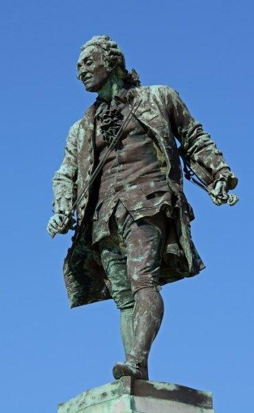 Plaza Tartini. Monumento a Tartini