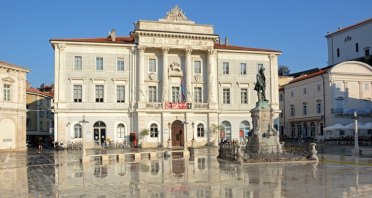 Plaza Tartini. Ayuntamiento