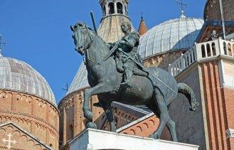Estatua del Condottiero Gattamelata - Obra de Donatello