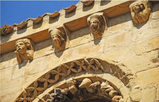 Ménsulas románico-góticas