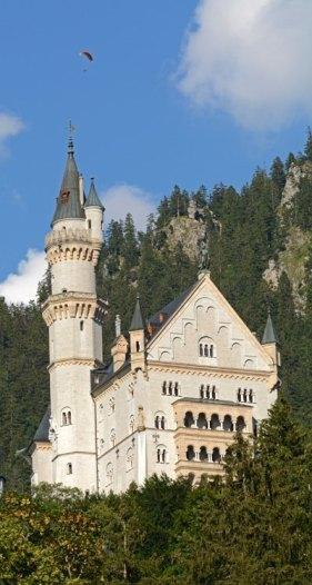 Portada del Castillo de Neuschwanstein y Parapente