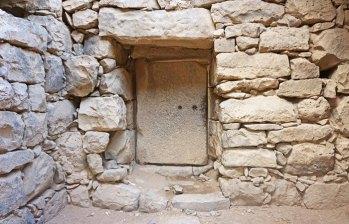 Puertas de piedra