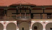 Monasterio de Rila. Balcón y Arcadas del Claustro