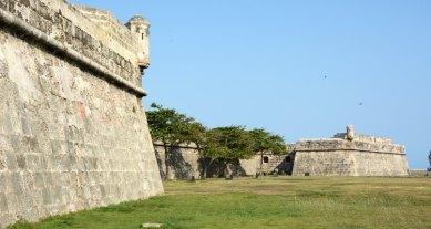 Murallas y Baluartes de San Lucas y Santa Catalina