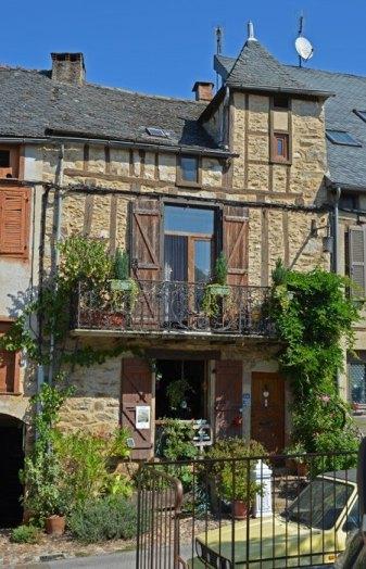 Casa típica - Place du Faubourg