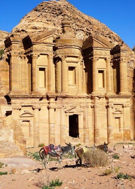 El Monasterio (Al-Deir)