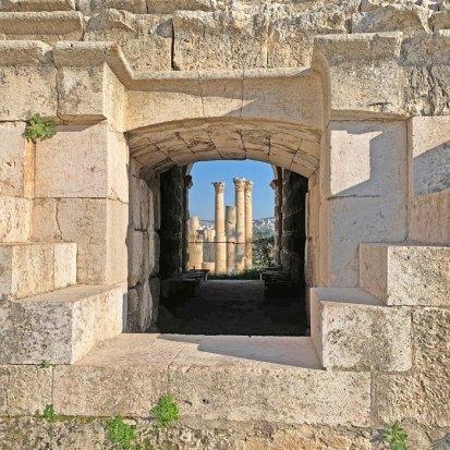 Templo de Zeus desde el Teatro Sur