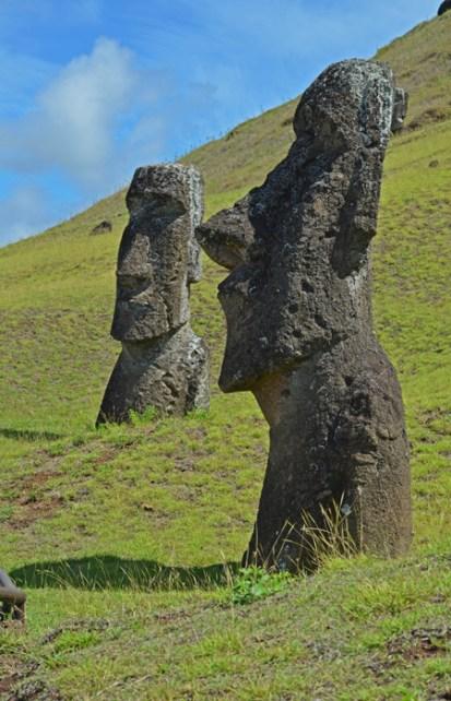 Moais en Rano Raraku (Cantera de moais)