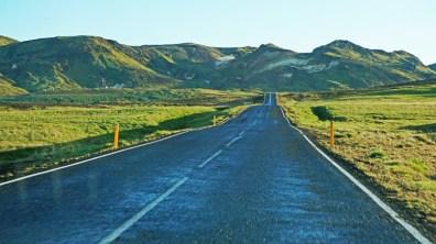 Las carreteras de Islandia suelen tener poco tráfico