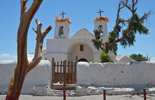 Entrada principal a la iglesia