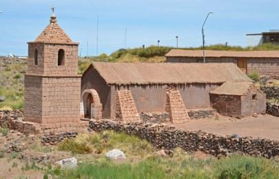 Iglesia de Socaire - Nave y torre