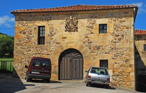 Casa del Intendente Riaño (Siglo XVI)
