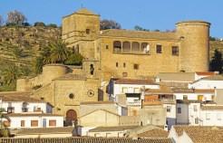 Vista del Castillo de Canena