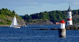 Fiordo de Oslo. Faro y Velero