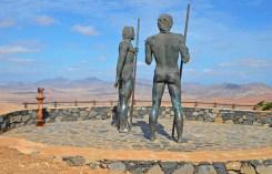Estatuas de Guize y Ayose