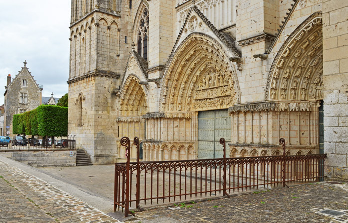 Pórticos Catedral Poitiers