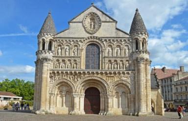 Iglesia de Notre-Dame la Grande (Santa María la Mayor)