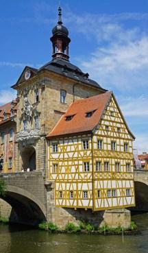 Casa del Capataz y Torre Barroca