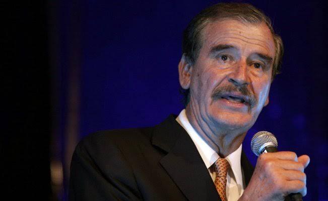 UIF investiga a ex presidente Fox y su hijo