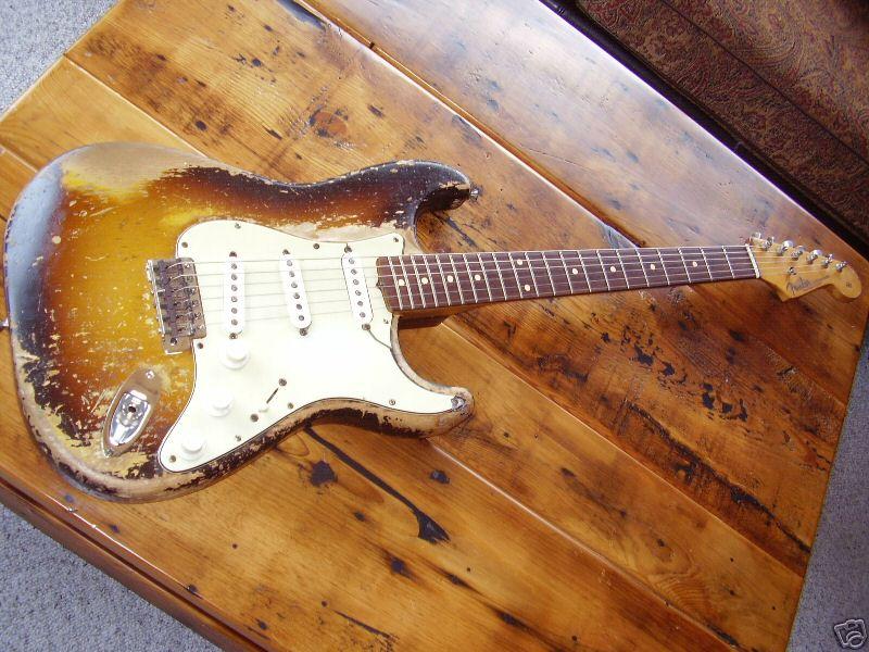 1959 Fender Stratocaster (faded sunburst)