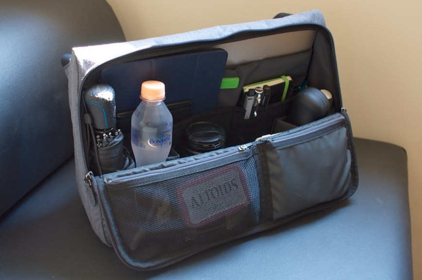 Evernote Triangle Commuter Bag - Open
