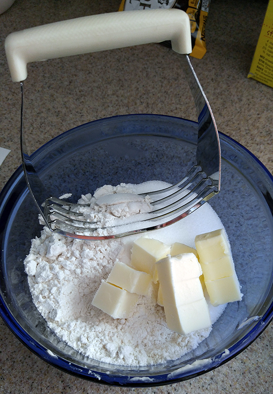 Cut butter into Bisquick sugar mixture.