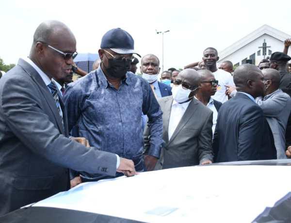 Gentiny Ngobila Mbaka lance ce vendredi la deuxième phase de l'éclairage public.