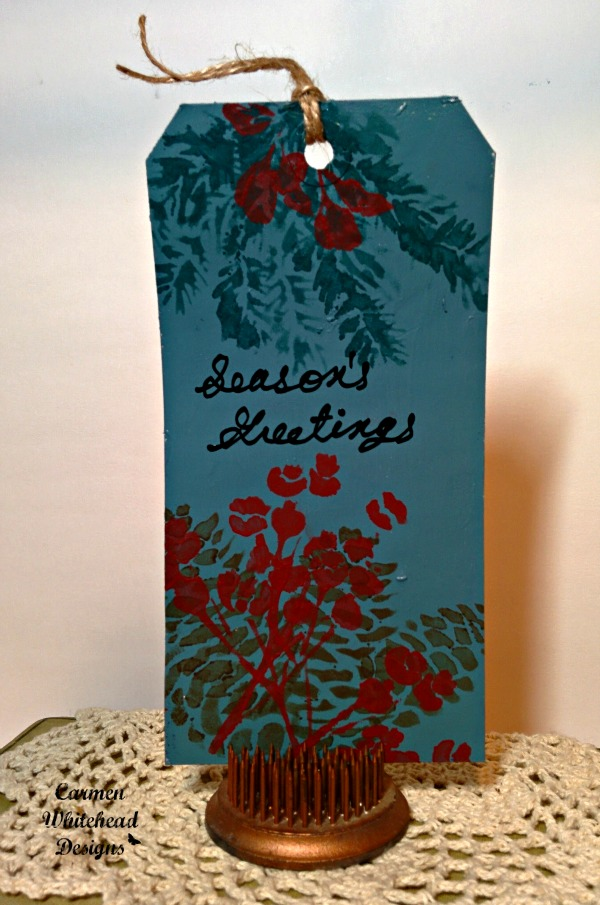 Quick and easy Christmas tags created by www.carmenwhitehead.com