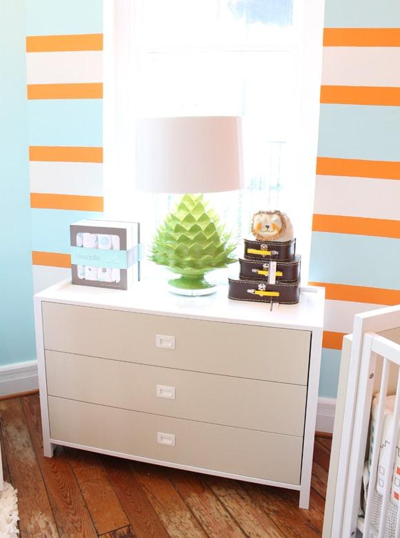 Chambre enfant bleu et orange  Une association de couleur heureuse