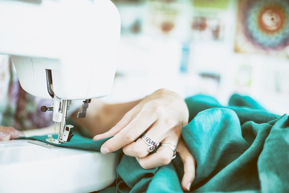 réparer ses vêtements et en prendre soin