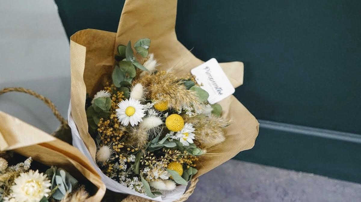 Pimpantes bouquets de fleurs séchées à lyon