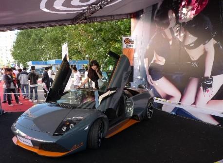 Lamborghini LP650-4 Roadster