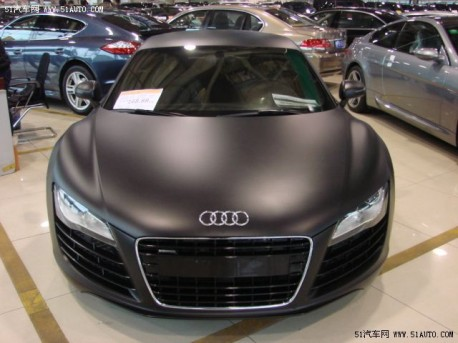 Matte-black Audi R8 V10 from China