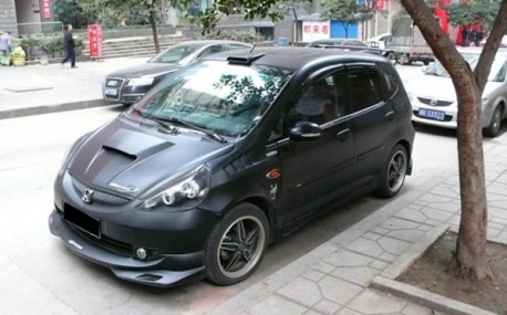 Honda Fit goes Fast in China
