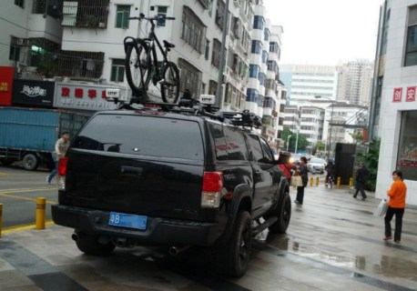 Toyota Tundra is big, bad & black in China