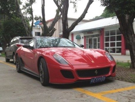 Spotted in China: Ferrari 599 GTO in Red