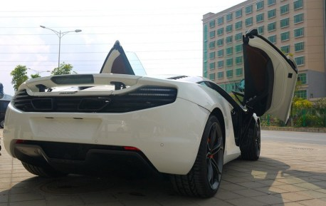 McLaren MP4-12C in White in China