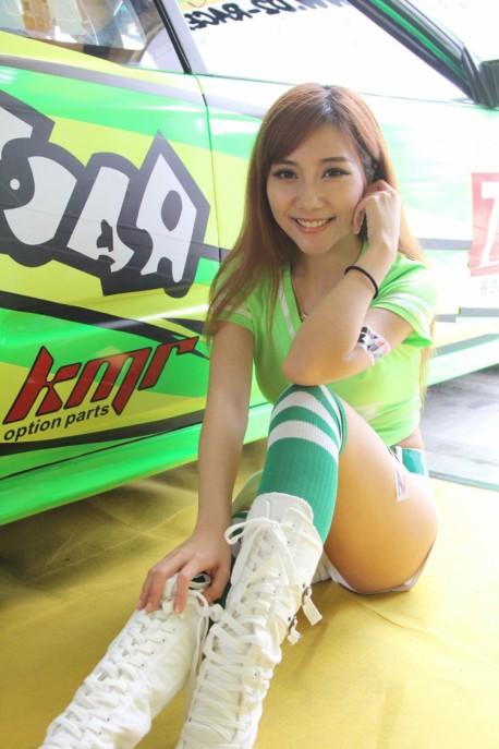 china-track-girls-7